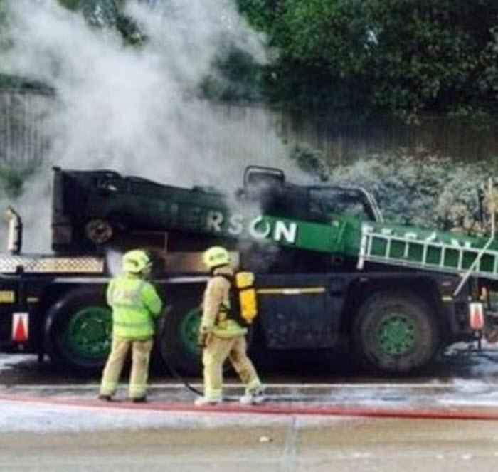 Crane-Fire-5-7-2014-2-56-25-PM